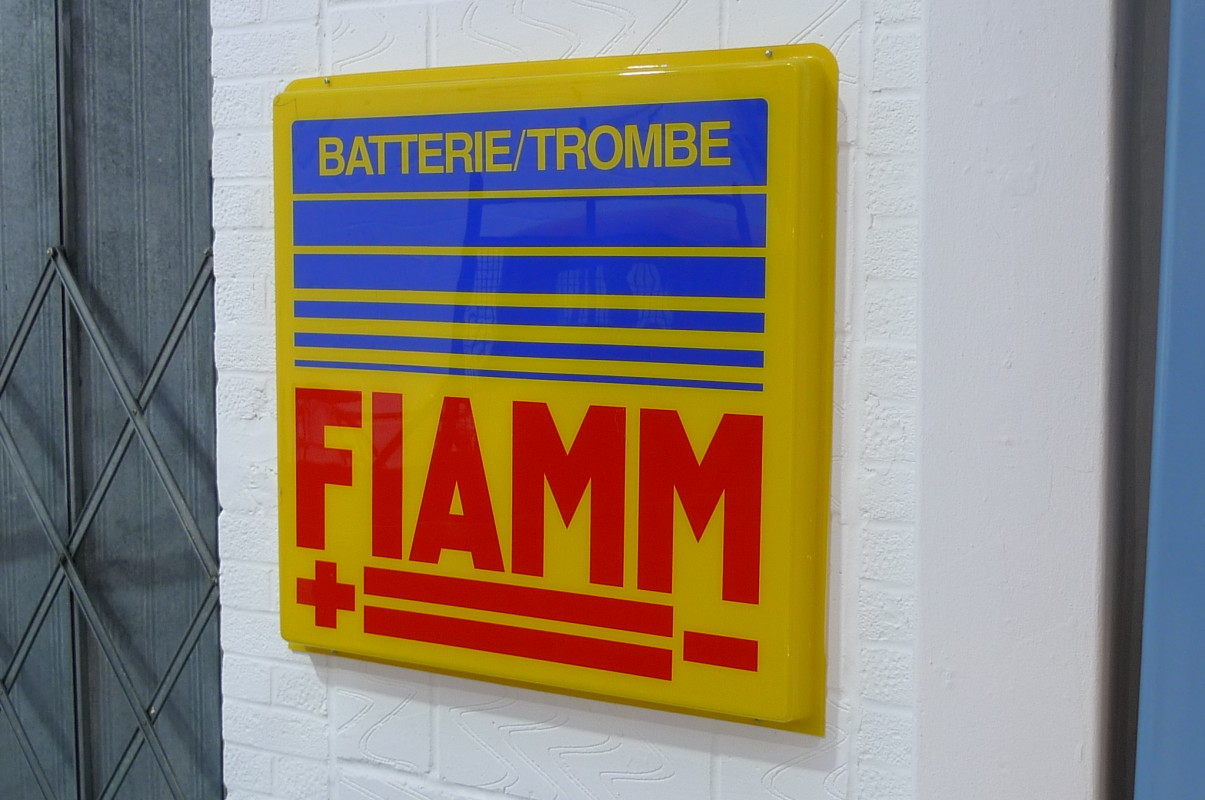 Fiamm Batterie Trombe sign
